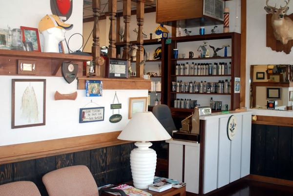 Golden-razor-barber-shop-toledo-ohio-09